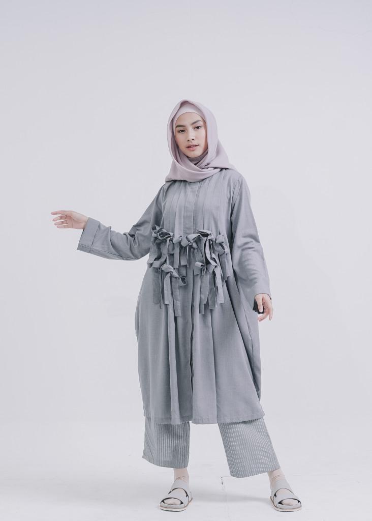 Hyaku Dress
